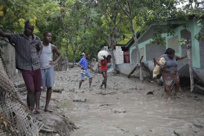 Après le passage du cyclone Erika, le 29 août, à Haïti.