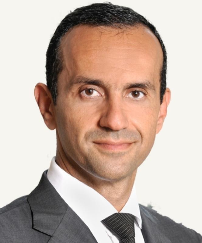 Hicham Naciri, l'avocat marocain qui a négocié à Paris avec Eric Laurent et Catherine Graciet, leur a remis 40 000 euros chacun et a obtenu leur lettre de renoncement au livre à charge contre le roi du Maroc. Photo tirée de son site.