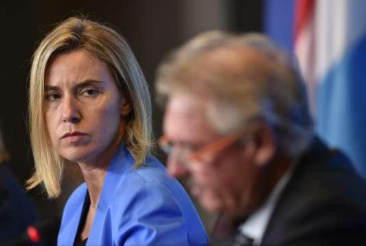 La chef de la diplomatie européenne, Federica Mogherini, et le ministre des affaires étrangères luxembourgeois Jean Asselborn, à Luxembourg, le 5 septembre.