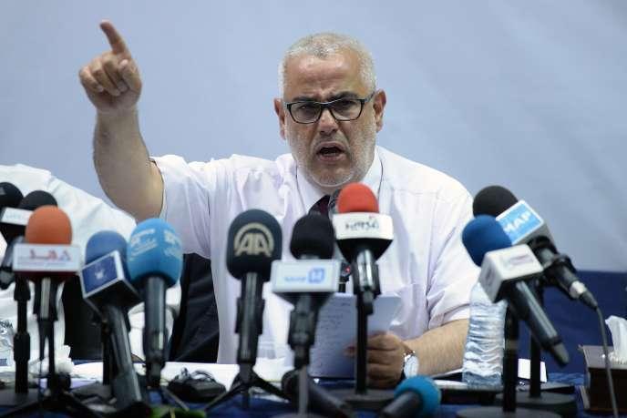 Vainqueur du scrutin, le patron du Parti de la justice et du développement (PJD, islamiste)et chef de gouvernement sortant, Abdelilah Benkirane, a été reconduit dans ses fonctions par Mohammed VI, le 10 octobre.