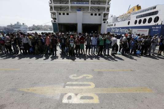 Pour Frontex, un « grand nombre de personnes vues à la frontière entre la Serbie et la Hongrie avaient déjà été recensées à leur arrivée en Grèce venant de Turquie quelques semaines plus tôt ».