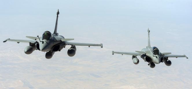 L'Elysée a annoncé dimanche27septembre avoir mené de premières frappes aériennes en Syrie contre l'Etat islamique, en coordination avec la coalition internationale.