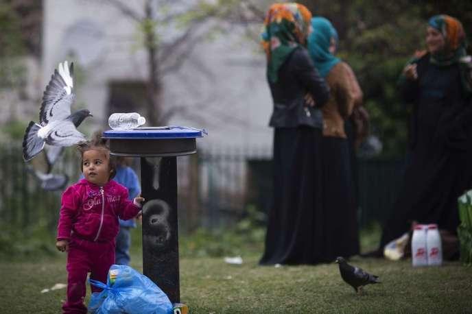 Des réfugiés syriens à Saint-Ouen (Seine-Saint-Denis), en 2014.