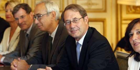 Jean-Denis Combrexelle à Matignon lors de la présentation de son rapport au premier ministre, le 9 septembre.