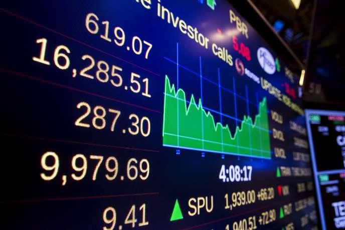 La Bourse de Wall Street (New York) enregistrait, le 26 août, son plus fort gain depuis quatre ans.