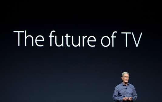 Le PDG d'Apple, Tim Cook, lors de la keynote du 9 septembre, à San Francisco. Le successeur de Steve Jobs a assuré que l'Apple TV était le « futur de la télévision ».