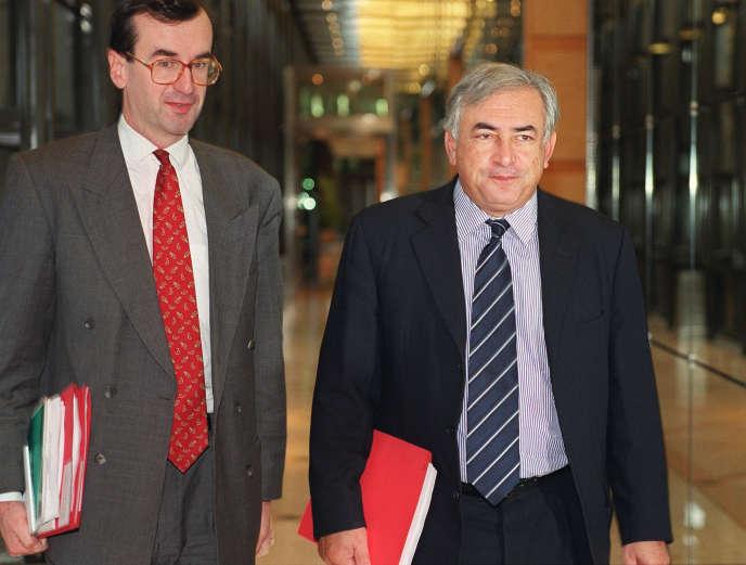 Comme François Villeroy de Galhau, ici en 1999 aux côté de Dominique Strauss-Kahn en tant que directeur de cabinet à Bercy, Stéphane Boujnah est un proche de l'ancien ministre de l'économie et des finances