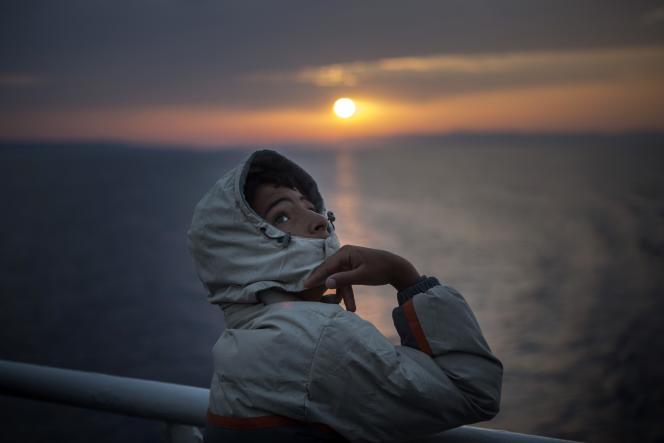 Sur la ferry de Lesbos à Athenes, le 10 septembre.