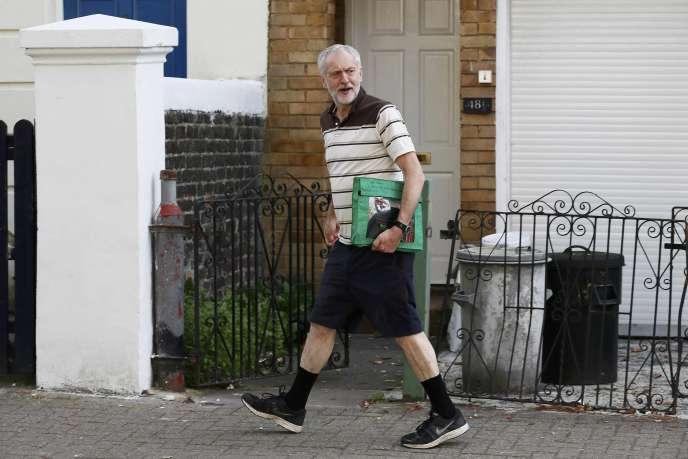 Le candidat à la tête du parti travailliste, Jeremy Corbin, vendredi 11 septembre à Londres.