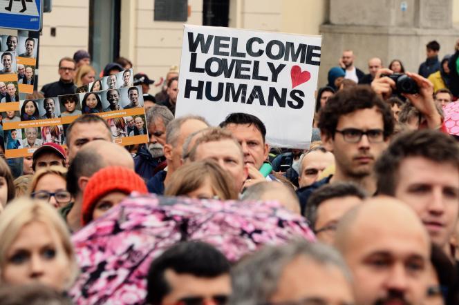 Manifestation en faveur de l'accueil des réfugiés à Varsovie, le 12 septembre.