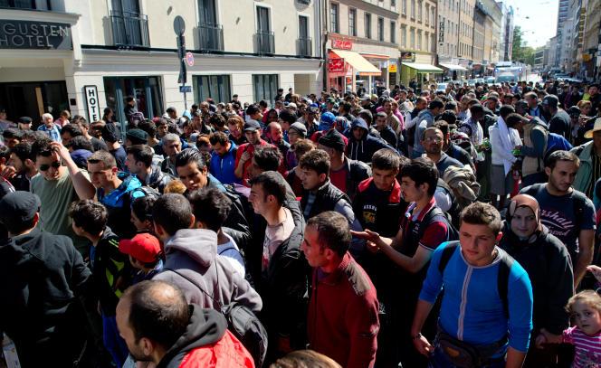Des réfugiés arrivent en Allemagne, le 12 septembre.