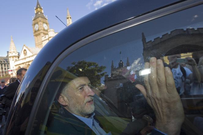 Jeremy Corbin, le nouveau leader du parti travailliste à Londres le 12 septembre.