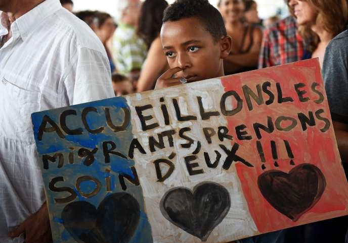 Manifestation à Marseille dimanche 13 septembre en faveur de l'accueil des réfugiés.
