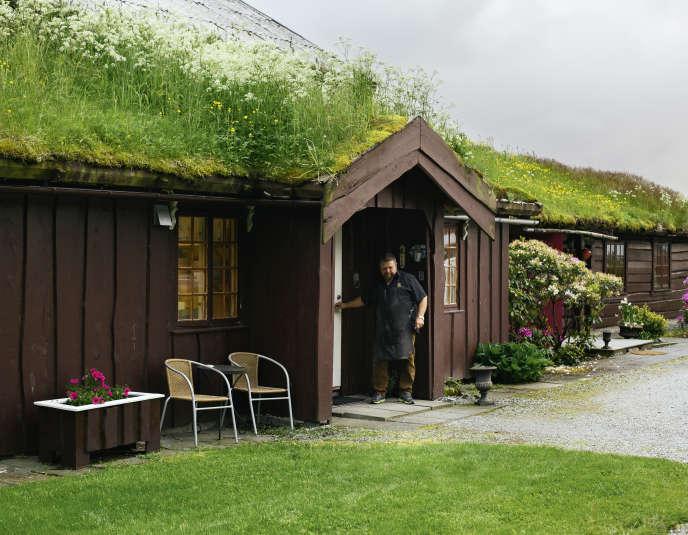 Bronnoysund l'Hildurs Urterarium, l'auberge de Laïla et Atle Tilrem.