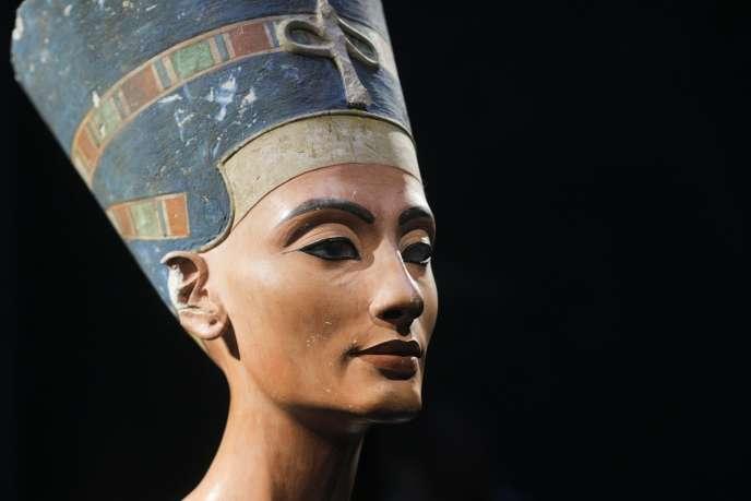 Un buste de la reine Néfertiti au Musée de Berlin en octobre 2009.