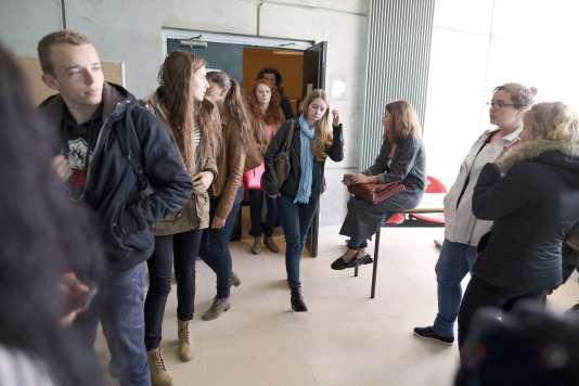 Des étudiants à l'université de Caen, le 14 septembre 2015.