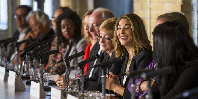 Naomi Klein : « Il faut un New Deal vert contre la barbarie climatique »