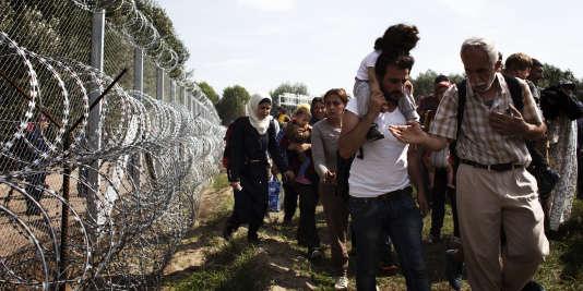 Les mesures législatives anti-immigration votée le 4 septembre en Hongrie entrent en vigueur mardi 15 septembre et déclenchent l'inquiétude des associations de défense des droits de l'homme.