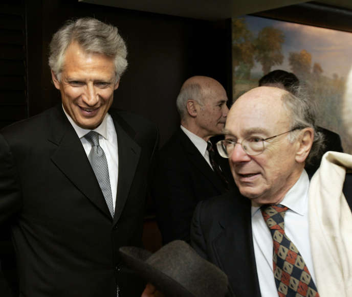 Avec Dominique de Villepin, alors premier ministre de Jacques Chirac, en mars 2007 à Cambridge, Massachusetts.