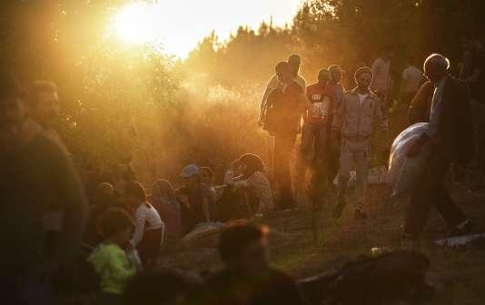 En septembre 2015, des migrants sur la route pour tenter de franchir la frontière turco-bulgare.