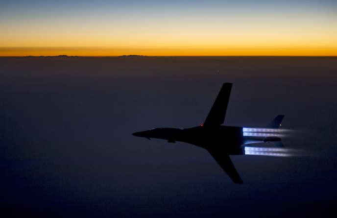 Les services de renseignements américains ont découvert que les frappes aériennes n'avaient pas beaucoup affaibli le groupe EI.
