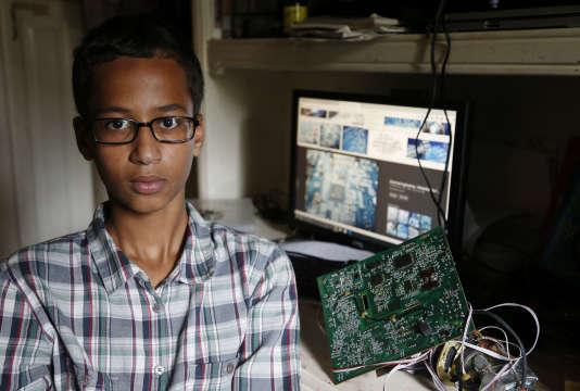 Ahmed Mohamed, 14ans, chez lui à Irving, Texas, mardi 15 septembre.