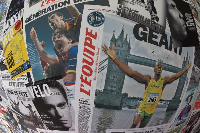 Couvertures de «L'Equipe», au siège du journal, à Boulogne, le 9 juin 2015.