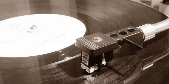 Les ventes de vinyles dépassent celles du CD au premier semestre aux Etats-Unis