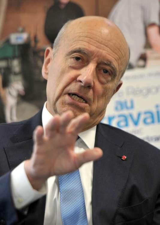 Alain Juppé lors d'une conférence à Lille, le 17 septembre