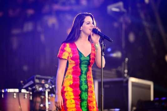 L'artiste américaine Lana Del Rey au festival britannique de Glastonbury, le 28 juin 2014.