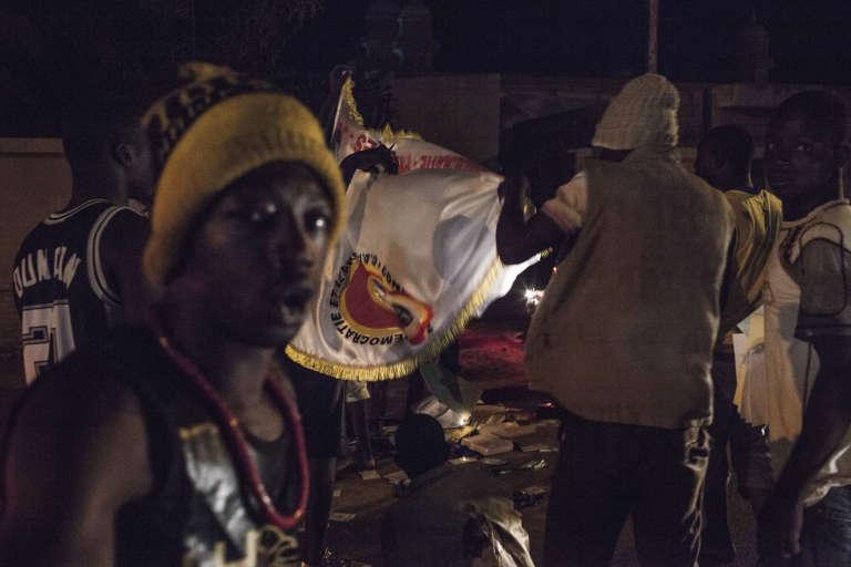Des manifestants ont été dispersés par des tirs de sommation aux abords du palais présidentiel, mercredi 16 septembre.