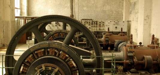 Vue intérieure de la manufacture des papiers peints Leroy à Saint-Fargeau-Ponthierry.