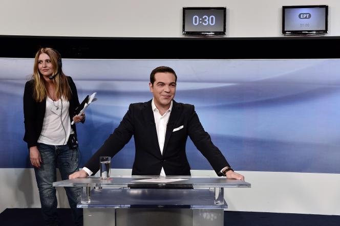 L'ancien premier ministre et leader du parti Syriza, Alexis Tsipras, quelques minutes avant un débat télévisé avec le leader de Nouvelle Démocratie, le 14 septembre.