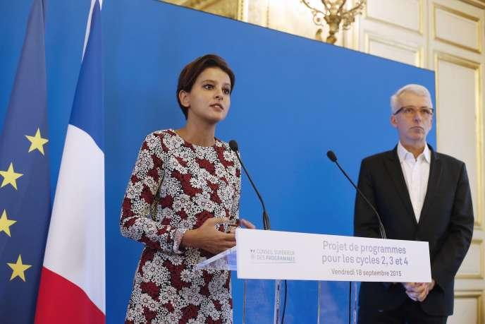Najat Vallaud-Belkacem, ministre de l'éducation nationale, et Michel Lussault, président du Conseil supérieur des programmes, en septembre 2015.