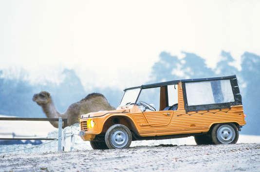 La Méhari, l'indémodable voiture des vacances