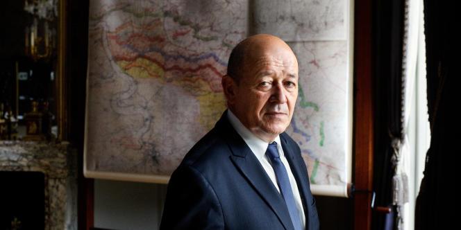 Le ministre de la défense, Jean-Yves Le Drian, en septembre 2015.