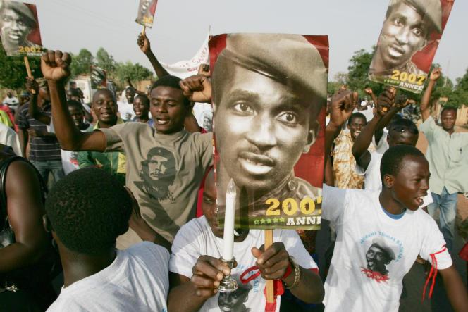 Lors d'une manifetstion, vingt ans après la mort de Thomas Sankara, le14 octobre 2007 à Ouagadougou.