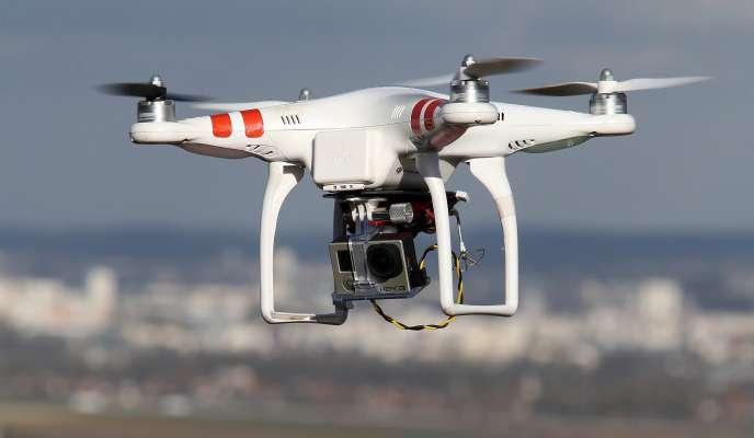 Cliché d'un drone, le 27 février 2015, volant au-dessus de Reims.