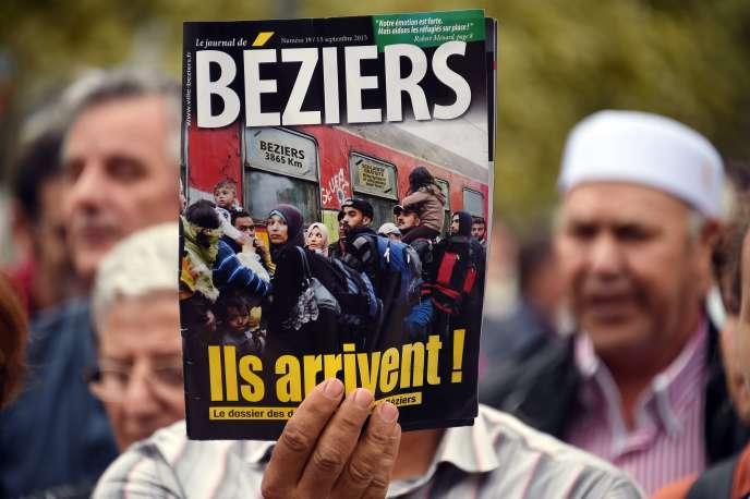 Manifestation contre la mairie de Béziers, le 19 septembre.