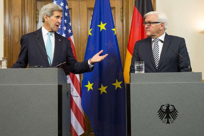 Le secrétaire d'Etat américain, John Kerry, lors de sa rencontre avec son homologue allemand, Frank-Walter Steinmeier, le 20 septembre à Berlin.