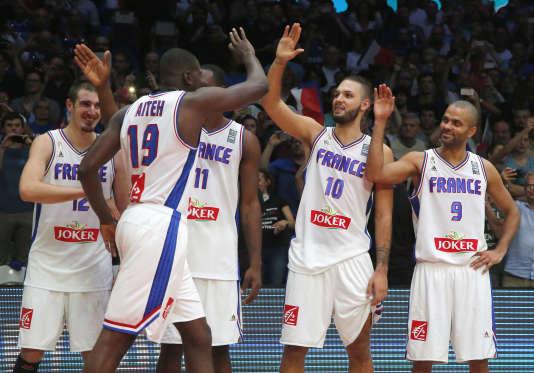 Les basketteurs français devront passer par un tournoi de qualification olympique en juillet 2015 pour disputer les JO de Rio.