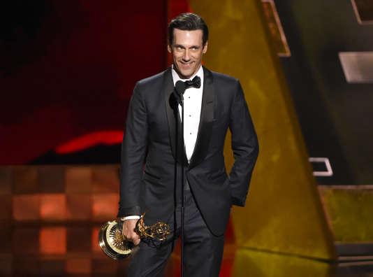 Jon Hamm, qui interprète le publicitaire Don Draper dans la série «Mad Men», a reçu l'Emmy du meilleur acteur dans une série dramatique.