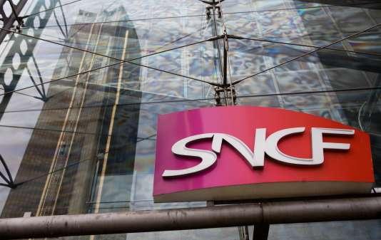 La SNCF, qui doit publier ses résultats annuels cette semaine, a annoncé le 7 mars qu'elle allait devoir procéder à une dépréciation de ses actifs de plus de 12 milliards d'euros dans ses comptes 2015.