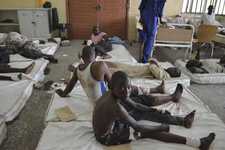Des victimes des attentats sont soignés à l'hôpital, lundi 21 septembre.