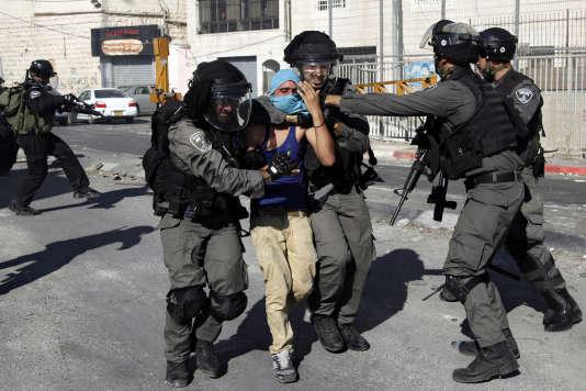 Vendredi et samedi, la police et l'armée israéliennes avaient arrêté 39Palestiniens en Cisjordanie et à Jérusalem-Est.