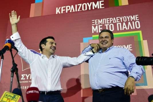 Alexis Tsipras (Syriza) et Panos Kamenos (ANEL) dimanche 20 septembre 2015.