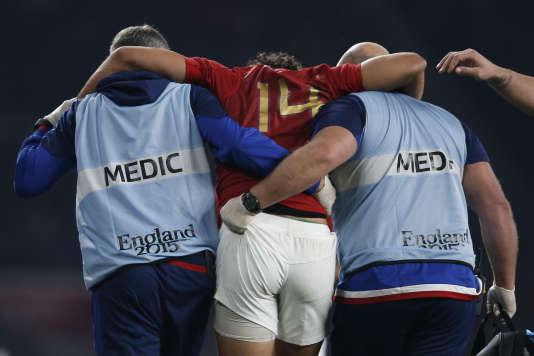 Yoann Huget après sa blessure contre l'Italie, samedi 19 septembre.