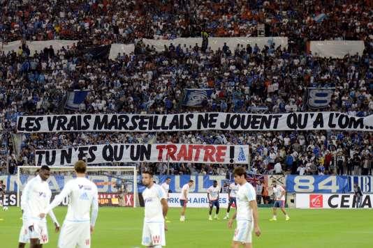 Banderole dirigée contre Mathieu Valbuena lors de OM-Lyon, le 20 septembre à Marseille.