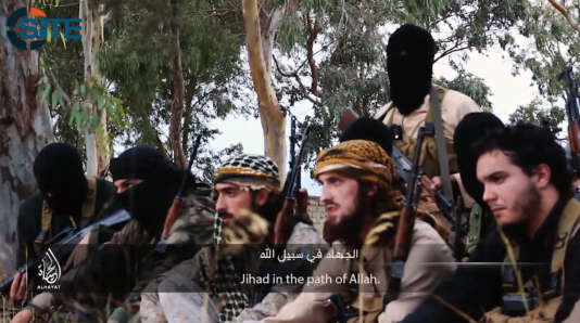 Capture d'une vidéo  montrant des combattants français ayant rejoint l'organisation Etat islamique, diffusée en novembre 2014.