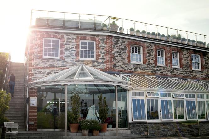 Seafood Restaurant.